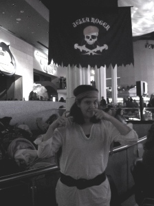 pirate sara 2